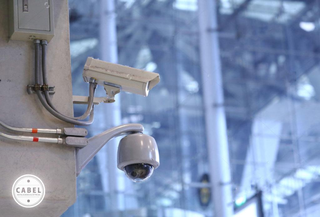 ¿En qué consiste exactamente un sistema de cámaras CCTV?